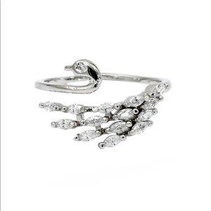 Elegant crystal swan silver ring